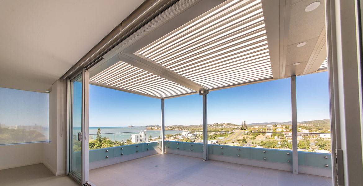 Pergolaire Opening Roof Louvered Patio